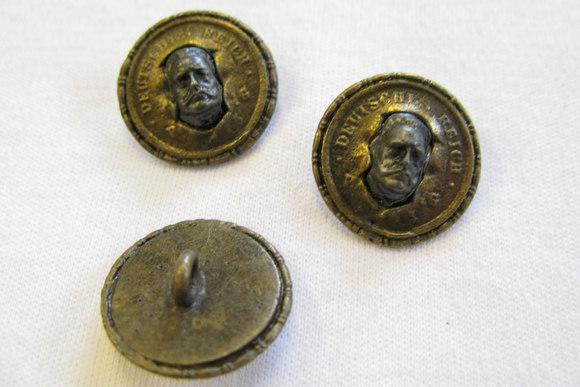 Handmade metal button Deutche Reich 2 cm