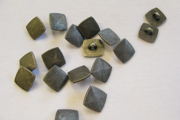 Metal button 1.1 cm