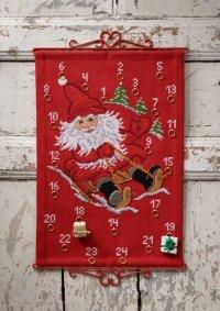 Christmas calendar Santa with sled. Permin 34-1220.