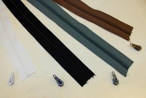 Zippers in your chosen length, 4mm width