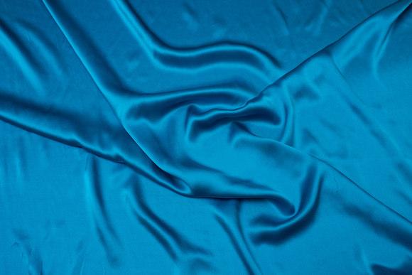 Turqoise-green, gorgeous sandwashed pure silk