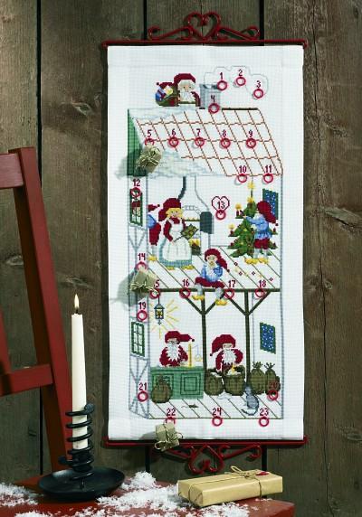 Christmas calendar Christmas house with elfs