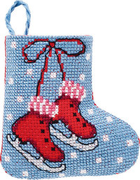 Ice skates christmas stocking. Permin 01-9210.