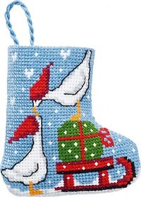 Geese christmas stocking. Permin 01-9217.