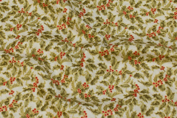 Patchwork-cotton with holly in offwhite, red, green, gold