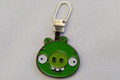 Angry birds chain in green.