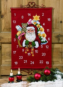 Christmas gift calendar - Santa with the presents. Permin 34-7252.