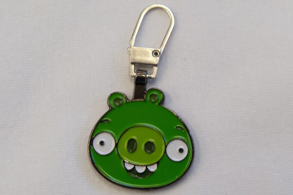 Angry birds chain in green