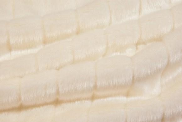 Off White fake fur in gorgeous quality