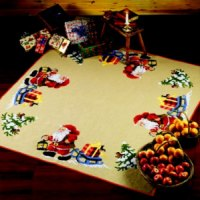 Christmas tree skirts - Santa Claus with sled with presents 170 x 170 cm. Permin 45-1299.