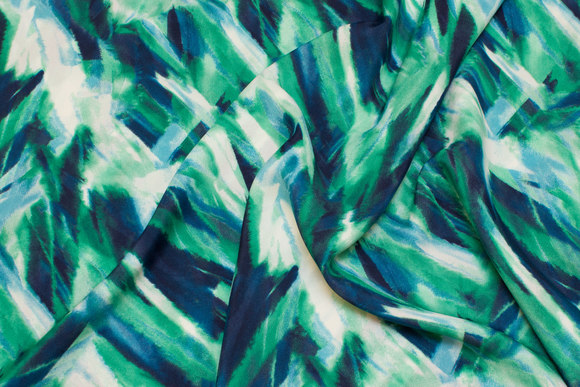 Helt lightweight polyester in green and blue colors