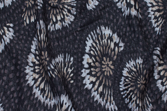 Charcoal winter-jersey with sand-colored circles