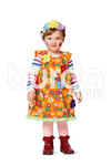 Transform a casual top into a fanciful child's carnival costume by adding gathers at the neck and armholes. The right choice of extra decoration will lend the costume an air of a princess or frog queen, a pirate, or a sweet flower child.