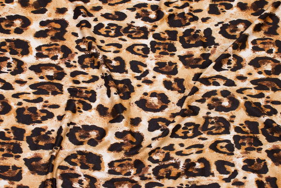 Viscosejersey with cheeta print in black and golden