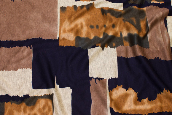 Heavyjersey with graphical pattern in navy, dirt and golden