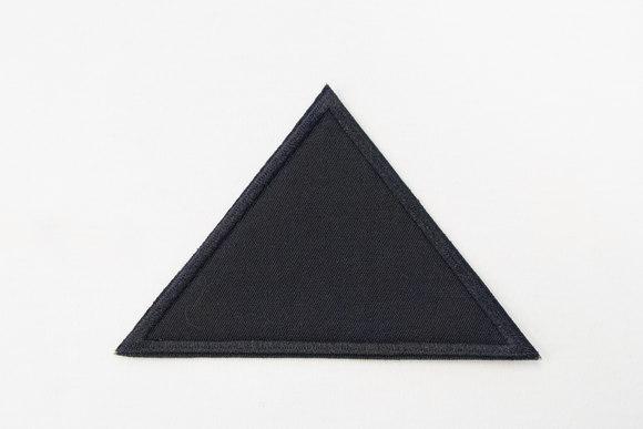 Triangle black 8x11cm