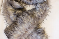 Faux fake fur piece in grey wolf-color ca. 20 x 150 cm