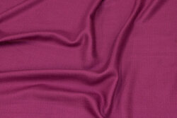 Thin, soft viscosetwill in fuchsia